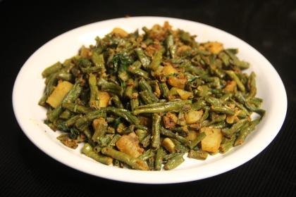 अालु बरवटी सब्जी Aloo Barbati Sabji